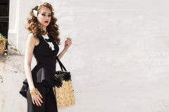 Summer Beauty Gold Studded Black Daisy Straw Bag