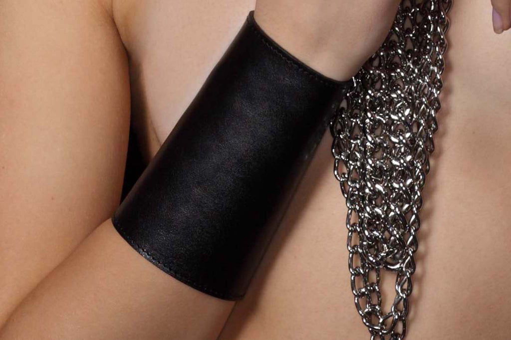 Chunky Love - Leather Cuff Classic Black