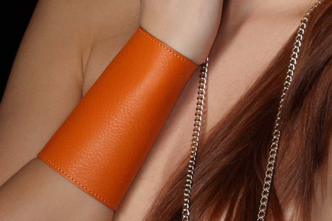 Chunky Love - Leather Cuff Bright Orange