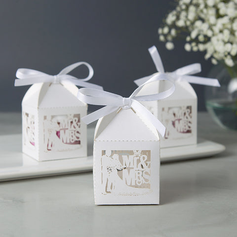 Wedding Shower Favors - Mr and Mrs