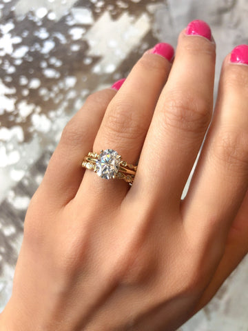 Oval Diamond Engagement Ring With Wedding Bands