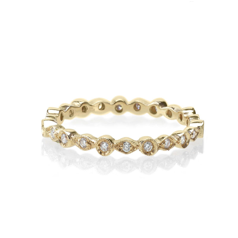 delicate diamond vintage band in yellow gold
