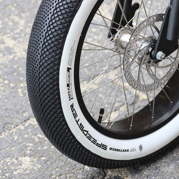 White Wall Fat Bike Tire 20x4 inch Vee Tire Co. Speedster