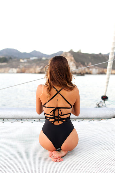 VOYAGER ONE PIECE- BLACK