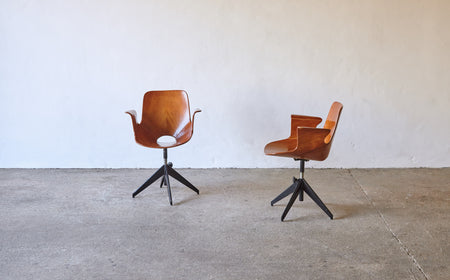 /products/pair-of-vittorio-nobili-for-fratelli-tagliabue-medea-desk-chairs-italy-1950s