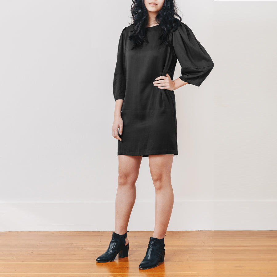 Aria Shift Dress, Black