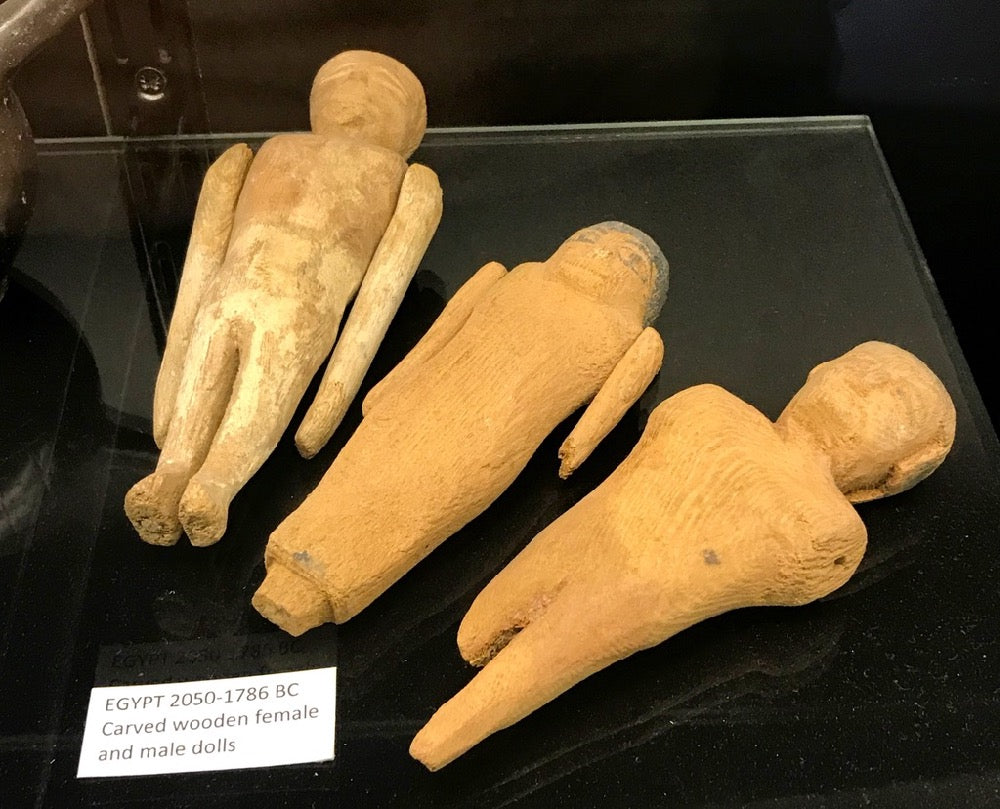 Egyptian dolls 2050 - 1786 BC