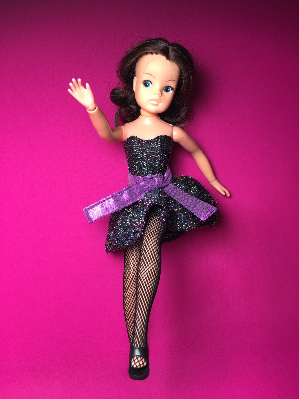 Brunette Sindy models Party Piece outfit