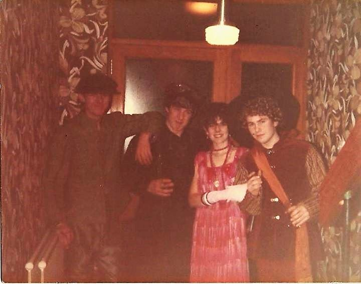 1982 dress up party photo