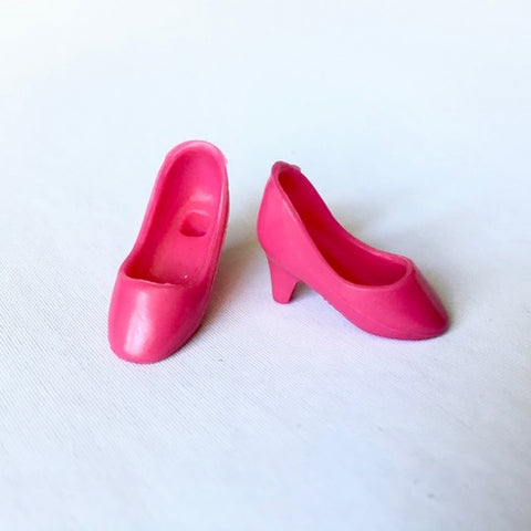 Magenta pink high heel shoes