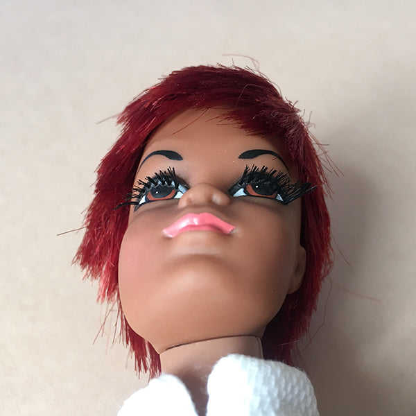 Julia doll has very long eyelashes