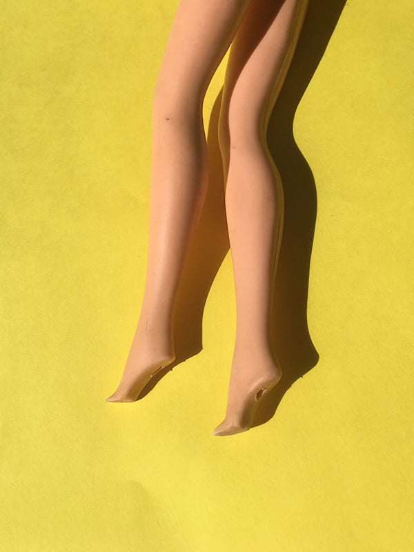1981 Barbie doll feet
