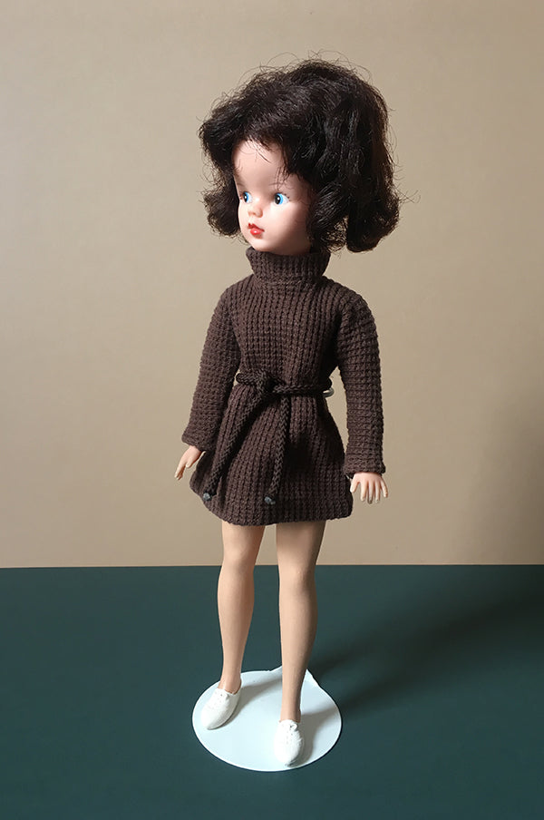 Sindy wearing brown waffle Coffee Party dress 1965