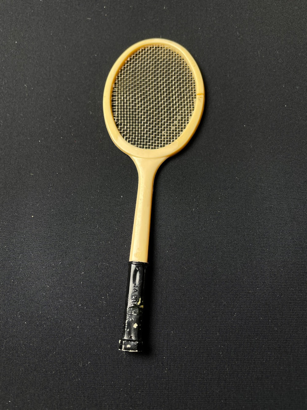 Barbie Tennis Anyone racket 1962 with real strings Mattel 941 fits 12