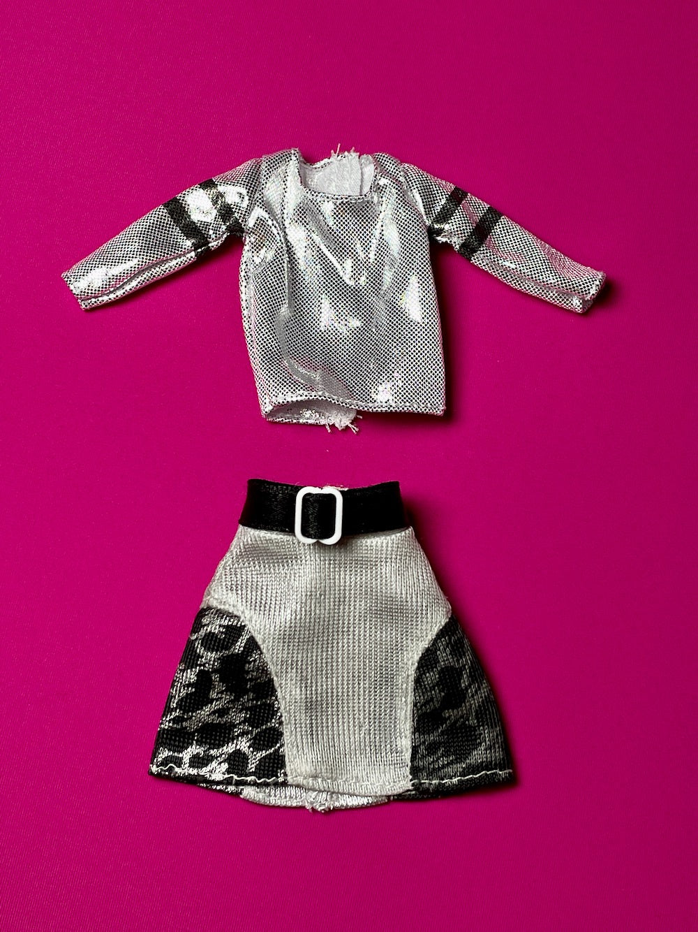 Creatable World silver top paired with vintage skirt fit 10