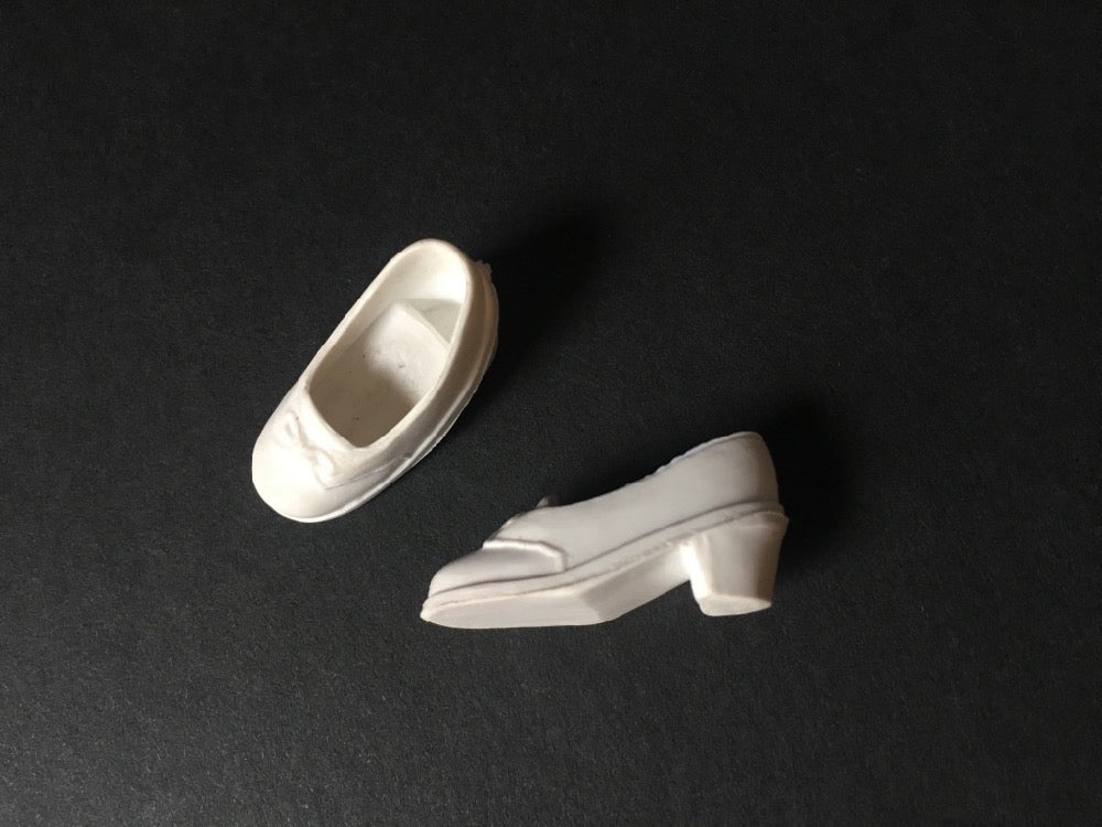 Pedigree Sindy white Trendy shoes bow mid heel squishy plastic