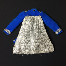 Load image into Gallery viewer, Sindy Majorette 1979 blue dress uniform with silver cape 44620