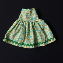 "Load image into Gallery viewer, Tressy 4th version 1979 Mix Match skirt green rick rack fit 11"" 12"" doll."
