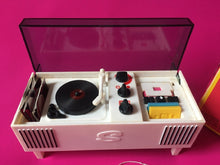 Load image into Gallery viewer, Sindy Hi-Fi 1976 music Pedigree 44545 radio records cassette tapes boxed