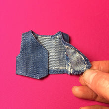Load image into Gallery viewer, Sindy Fancy Free 1979 blue denim waistcoat top Pedigree 44235