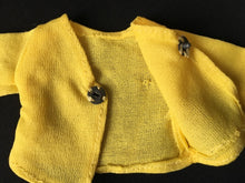 Load image into Gallery viewer, Pedigree Sindy Zing a Ding 1973 yellow top long sleeve S210 scale 1:6