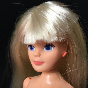 Sindy City Girl active doll 1987 poseable ballerina ankles long blonde hair