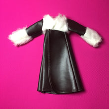 "Load image into Gallery viewer, Pedigree Sindy Feeling Frosty 1976 vinyl coat fur cuff fit 12"" doll"