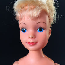"Load image into Gallery viewer, Palitoy Tressy ""Hair Grows"" doll 1979 4th issue for spares or parts"