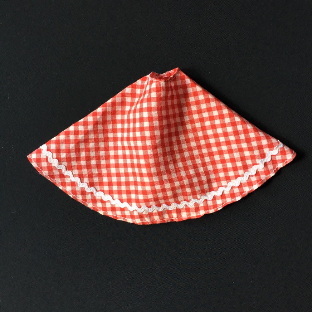 Palitoy Tressy Hair Grows 1979 red gingham skirt