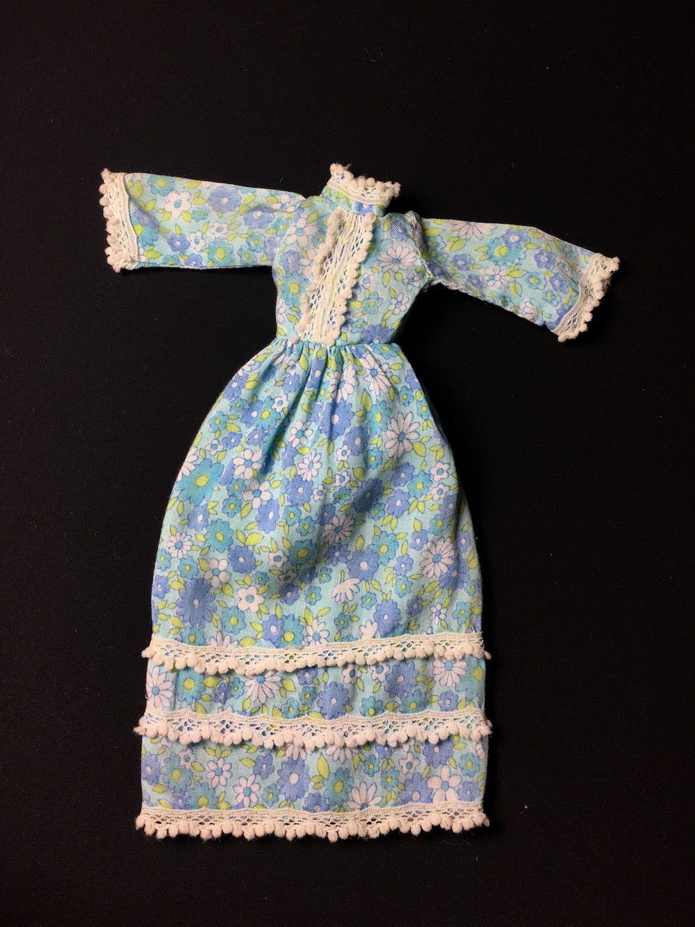 Sindy Bridesmaid dress 1973 Pedigree S209 pale blue floral maxi