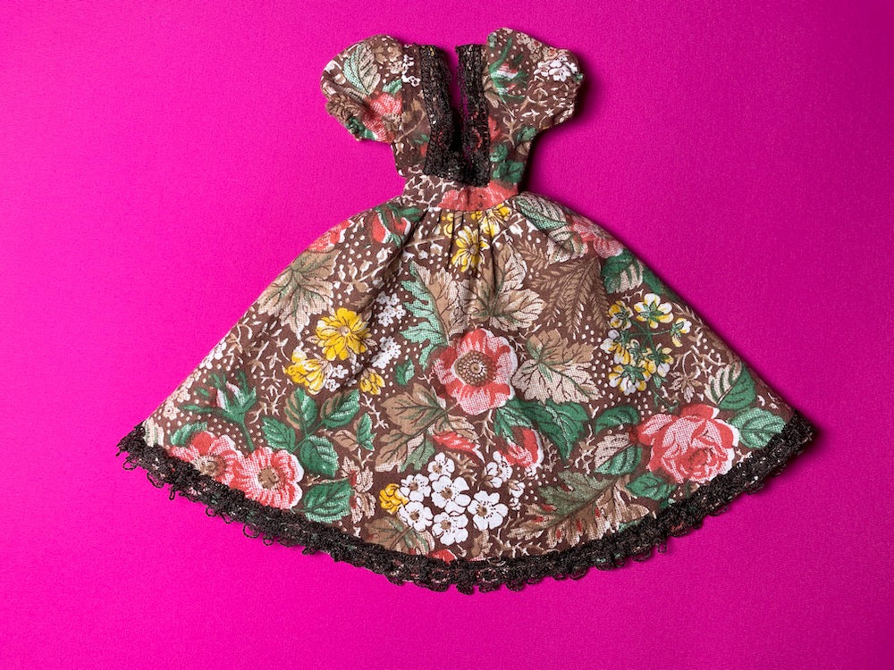Sindy Fair Lady gown 1979-80 Pedigree 44299 period dress brown floral  fit 12