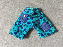 Load image into Gallery viewer, Sindy Gaucho shorts 1973 Pedigree S122 light blue floral corduroy