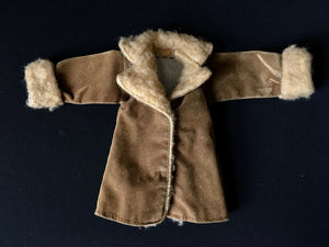 Sindy Out of Town coat 1977 Pedigree 44306 faux suede fun fur collar