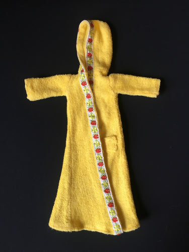 Sindy Winter Nights robe 1979 Pedigree 44320 yellow towelling floral braid