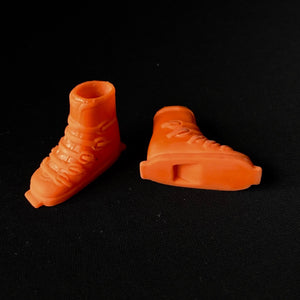 Sindy Winter Sports boots 1978 orange shoes Pedigree 44428