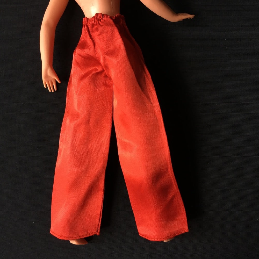 Sindy Mandarin 1976 red satin trousers 44529