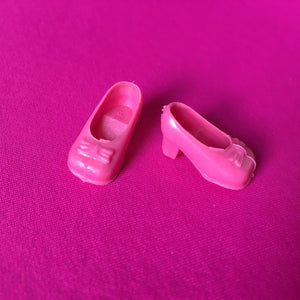 Bradgate Silky doll pink shoes square toe mid heels fit feet up to 2cm long