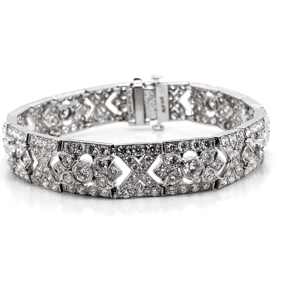 Retro round natural diamonds 10.17 carat platinum bracelet