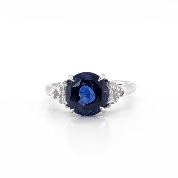 Ceylon oval sapphire 3.60 carat diamonds platinum cocktail ring