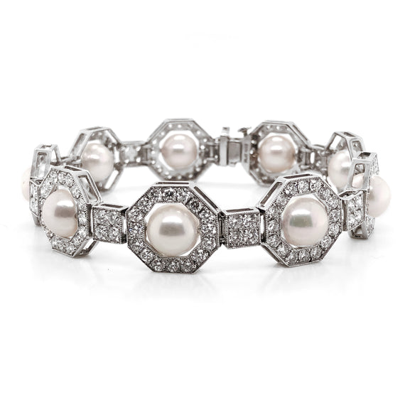Round fresh water pearls diamonds 6.35 carat platinum bracelet