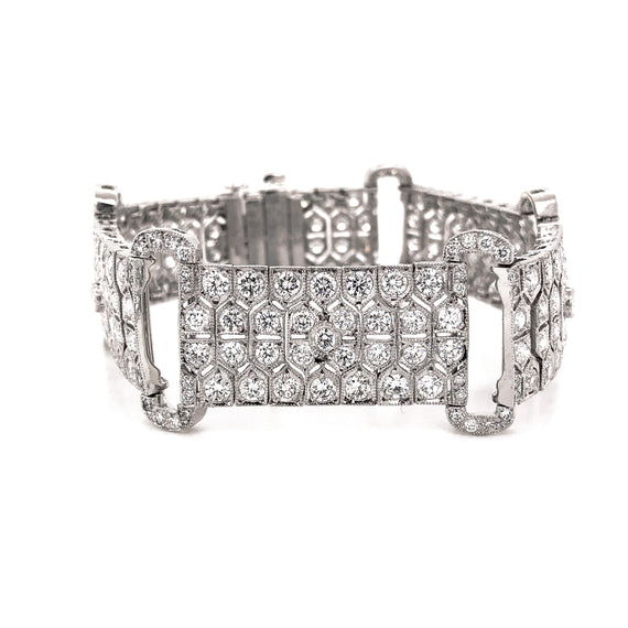 Retro Inspired Round Cut White Diamonds 10.21 Carat Platinum Link Bracelet
