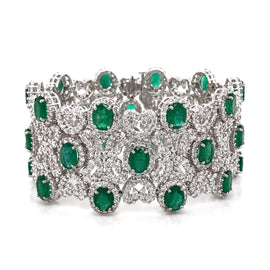 Zambian Oval Cut Emeralds 22.18 Carat Diamonds 20.16 carat and 18 Karat Gold Bracelet