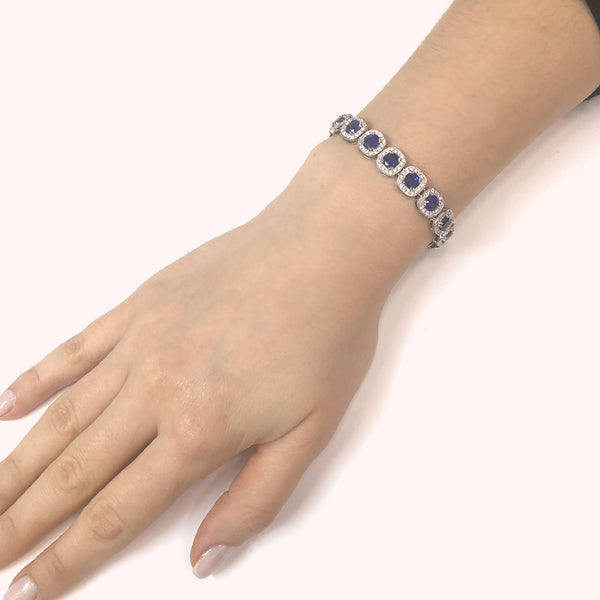 Ceylon Cushion Cut Sapphires 15.18 Carat Diamond Platinum Link Bracelet