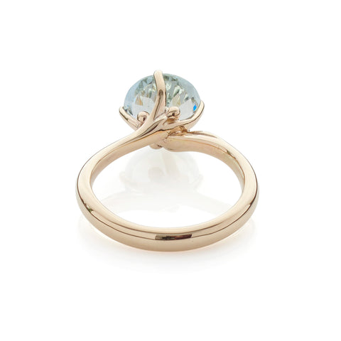 Solitaire Aquamarine Gold Ring