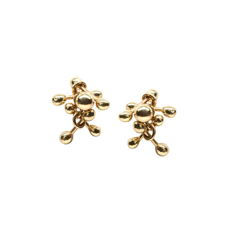 A simple cluster of 18ct gold elements. Gold stud earrings handmade by Yen Jewellery