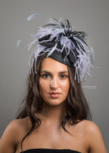 Load image into Gallery viewer, Petite Feather Fascinator