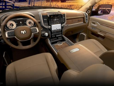 Ram 2500 and 3500, A Closer Look at Interior Infotainment Features