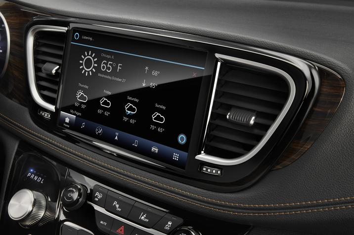 2021 Chrysler Pacifica 10.1-inch touchscreen infotainment system