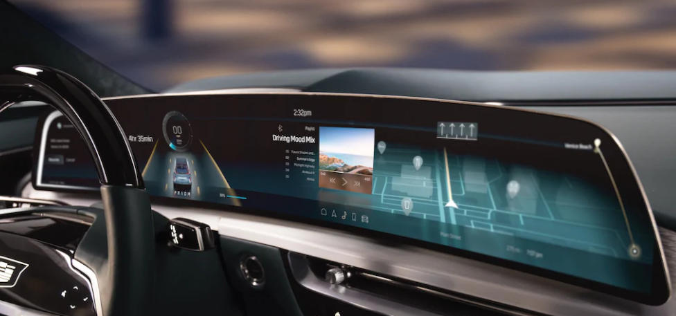 CES 2021 Featured Mega-Screens from BMW, Cadillac and Mercedes