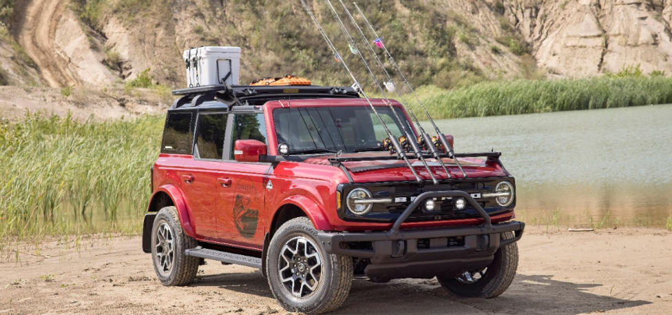 Bronco Four-Door Outer Banks Fishing Guide